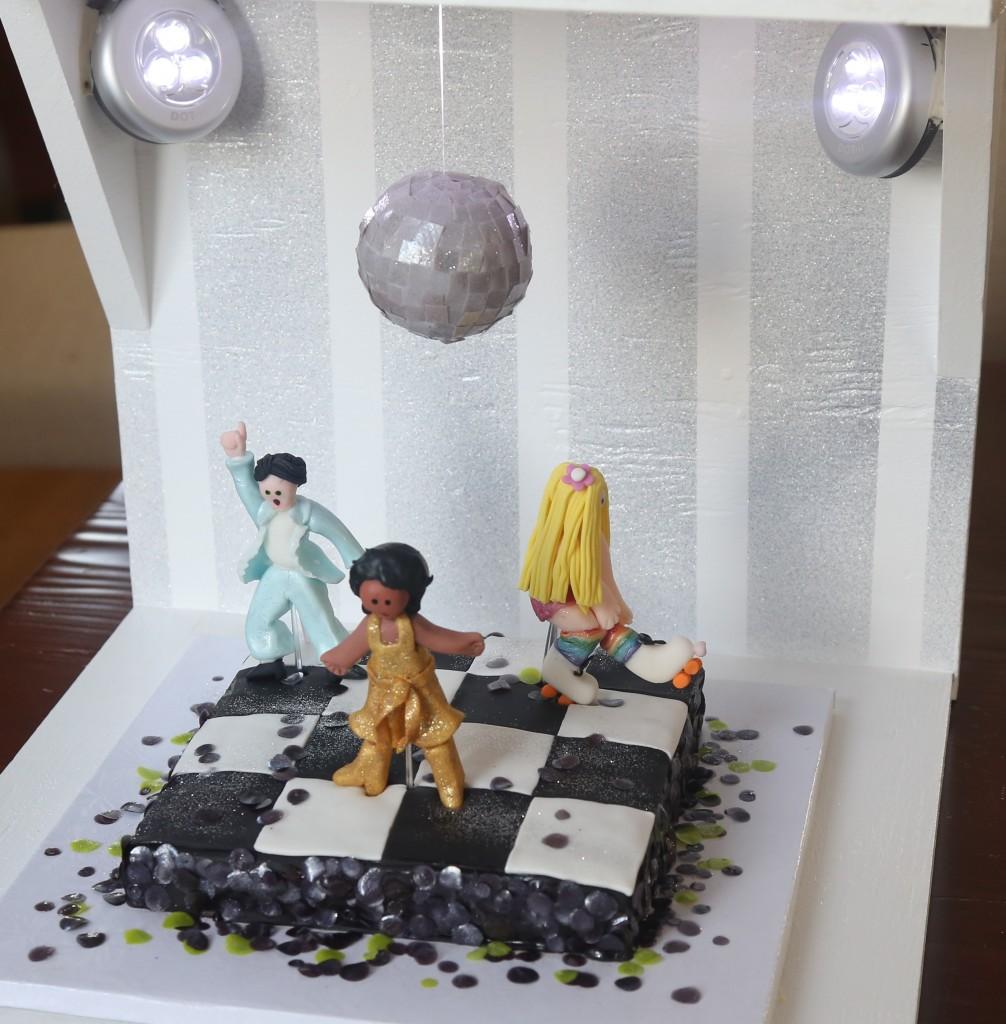 fondant covered Disco cake