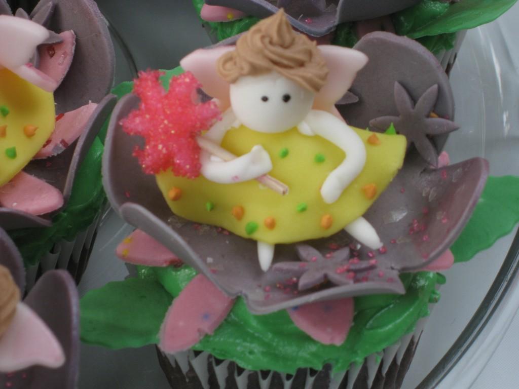 Fondant fairy cupcake